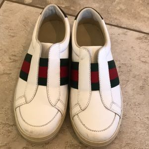 Boys Gucci slip on sneakers